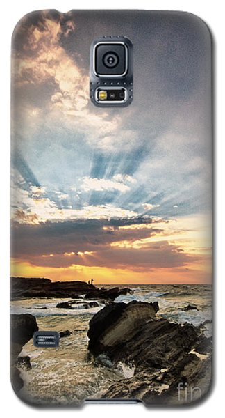 Galaxy S5 Case featuring the photograph Heavenly Skies by John Swartz