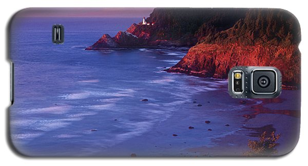Galaxy S5 Case featuring the photograph Heceta Head Lighthouse At Sunset Oregon Coast by Dave Welling