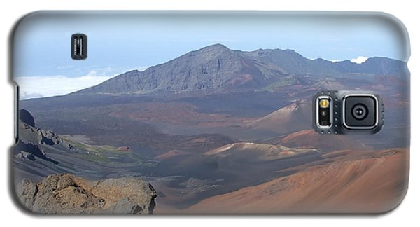Galaxy S5 Case featuring the photograph Heleakala Volcano In Maui by Richard Reeve