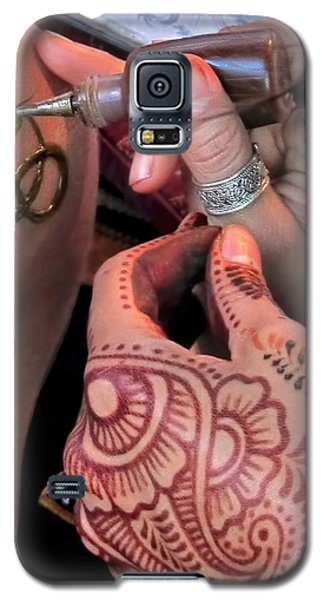 Galaxy S5 Case featuring the photograph Henna Hands At Work by Jennie Breeze