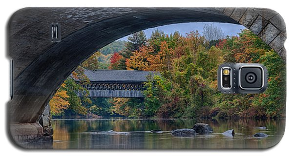 Galaxy S5 Case featuring the photograph Henniker Covered Bridge No. 63 by Jeff Folger