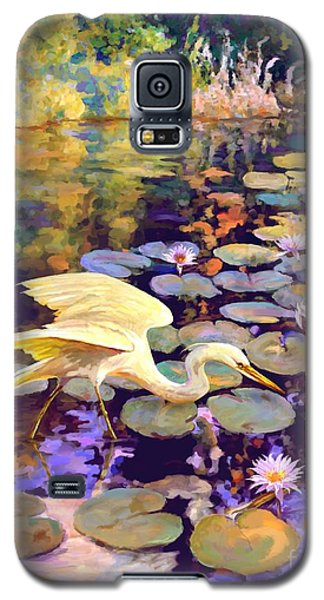 Galaxy S5 Case featuring the painting Heron In Lily Pond by David  Van Hulst