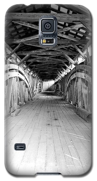 Galaxy S5 Case featuring the photograph Herr's Mill Covered Bridge by Mary Beth Landis