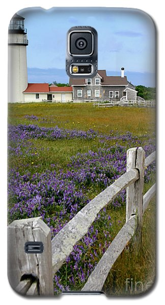 Galaxy S5 Case featuring the photograph Highland Lighthouse by Paula Guttilla