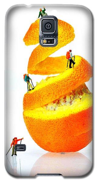 Hikers Climbing Orange Mountain Galaxy S5 Case
