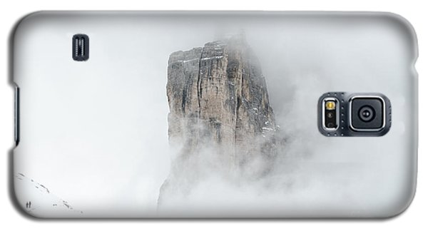 Hiking The Tre Cime In Winter Galaxy S5 Case