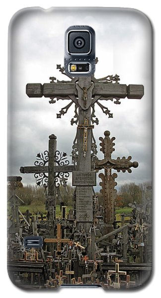 Hill Of Crosses 06. Lithuania.  Galaxy S5 Case by Ausra Huntington nee Paulauskaite