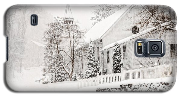 Galaxy S5 Case featuring the photograph Historic Church In Oella Maryland During A Blizzard by Vizual Studio