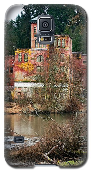 Historic Old Brewery By Creek Galaxy S5 Case
