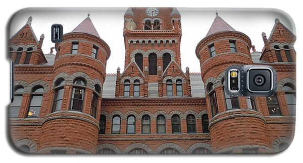 Galaxy S5 Case featuring the photograph Historic Old Red Courthouse Dallas #1 by Robert ONeil