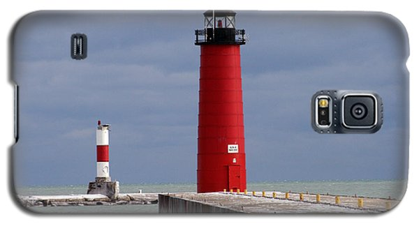 Galaxy S5 Case featuring the photograph Historic Pierhead Lighthouse by Kay Novy