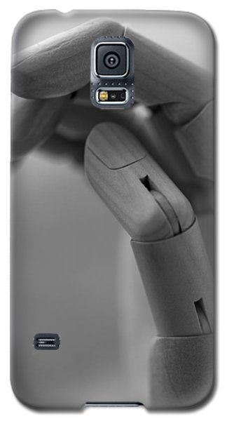 Galaxy S5 Case featuring the photograph Hold On by Andrew Pacheco