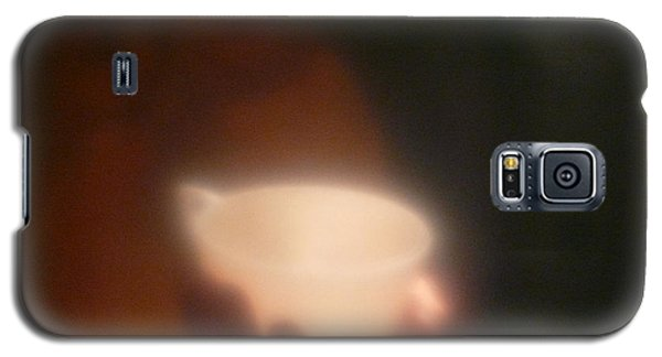 Galaxy S5 Case featuring the photograph Holding The Light by Evelyn Tambour