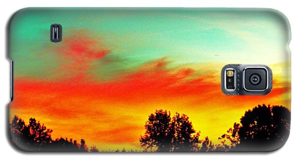 Galaxy S5 Case featuring the photograph Home At Dusk 2 by Robin Coaker