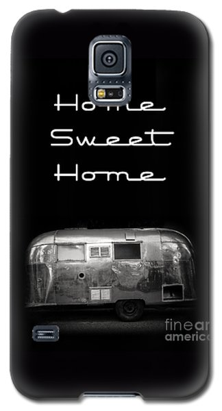 Home Sweet Home Vintage Airstream Galaxy S5 Case by Edward Fielding