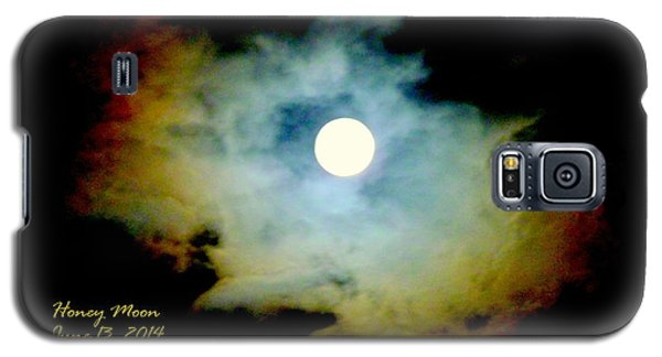 Galaxy S5 Case featuring the photograph Honey Moon by Cindy Wright