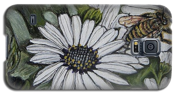 Galaxy S5 Case featuring the painting Honeybee Taking The Time To Stop And Enjoy The Daisies by Kimberlee Baxter