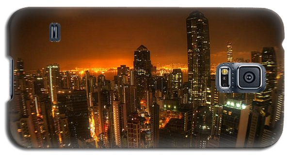 Galaxy S5 Case featuring the photograph Hong Kong Gotham by Peter Thoeny