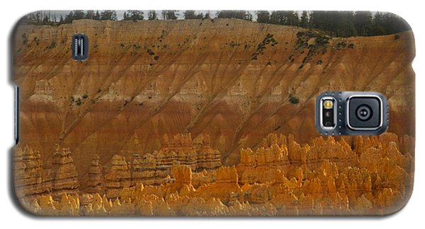 Galaxy S5 Case featuring the photograph Hoodoos Magic 73 by Tom Kelly