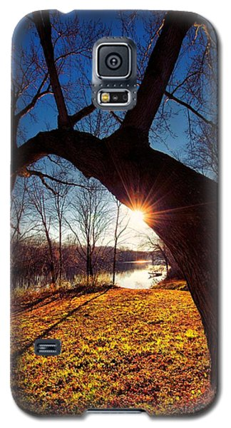 Galaxy S5 Case featuring the photograph Hook Or Crook by Robert McCubbin