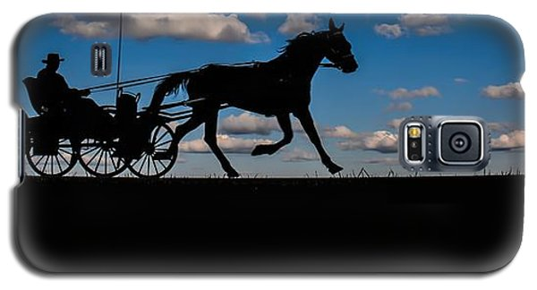 Horse And Buggy Mennonite Galaxy S5 Case by Henry Kowalski