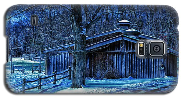 Galaxy S5 Case featuring the photograph Horse Barn by Skip Tribby