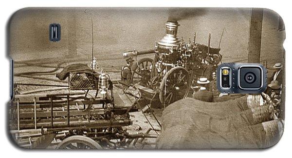 Horse Drawn Water Steam Pumper Fire Truck Circa 1906 Galaxy S5 Case