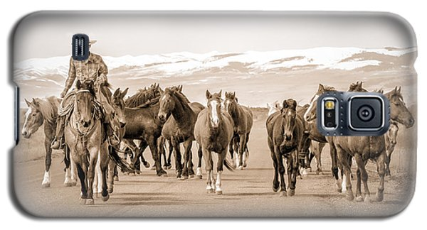 Galaxy S5 Case featuring the photograph Horse Drive by Yeates Photography