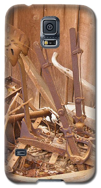 Galaxy S5 Case featuring the photograph Horsedrawn Disc by Nick Kirby