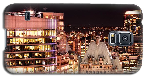 Galaxy S5 Case featuring the photograph Hotel Vancouver And Wall Center Mdccv by Amyn Nasser