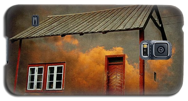 Surrealism Galaxy S5 Case - House In The Clouds by Sonya Kanelstrand