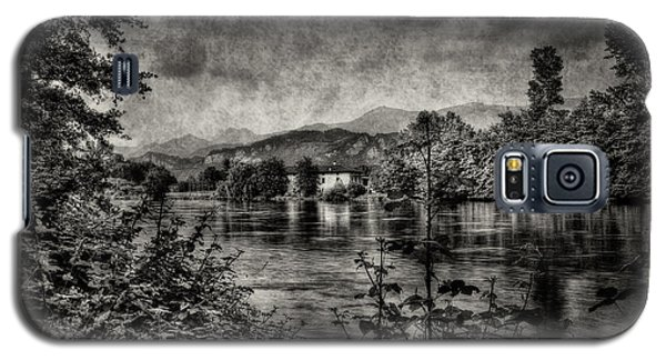 House On The River Galaxy S5 Case