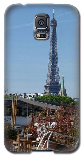 Galaxy S5 Case featuring the photograph Houseboat On The Seine by Susan Alvaro