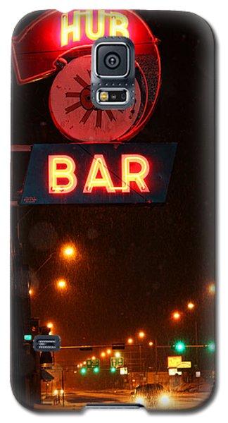 Hub Bar Snowy Night Galaxy S5 Case