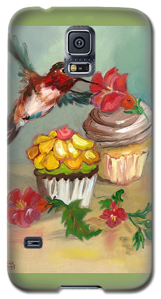 Galaxy S5 Case featuring the painting hummingbird with 2 Cupcakes by Susan Thomas
