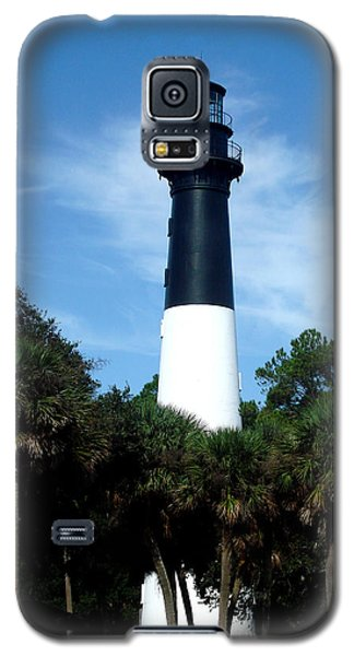 Galaxy S5 Case featuring the photograph Hunting Island Lighthouse by Ellen Tully