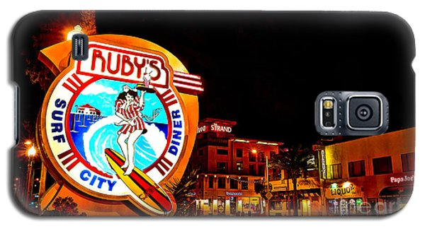 Huntington Beach Downtown Nightside 2 Galaxy S5 Case by Jim Carrell
