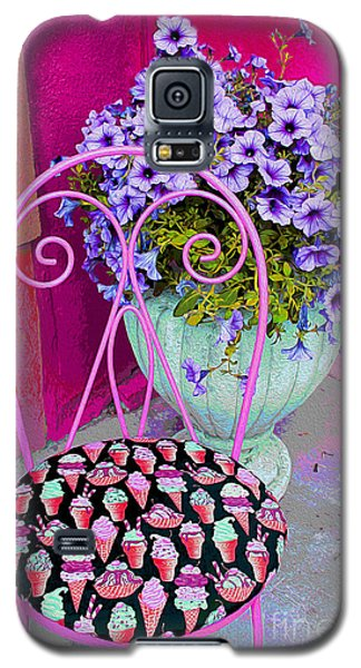 Ice Cream Cafe Chair Galaxy S5 Case