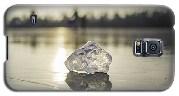 Ice Puck On Little Rock Lake Galaxy S5 Case