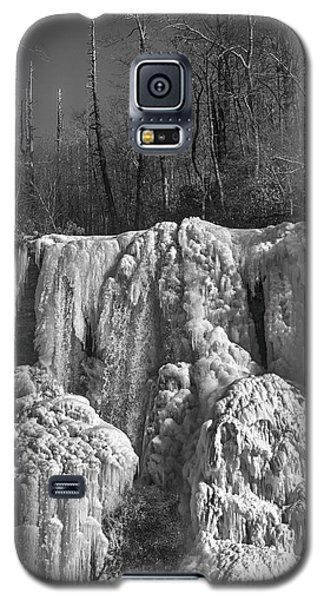 Galaxy S5 Case featuring the photograph Ice Sculpture by Alan Raasch