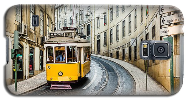 Iconic Lisbon Streetcar No. 28 IIi Galaxy S5 Case by Marco Oliveira