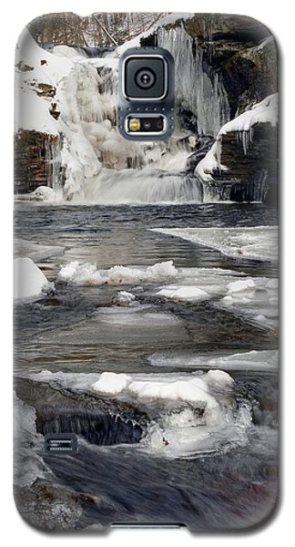 Icy Flow Below Murray Reynolds Waterfall Galaxy S5 Case