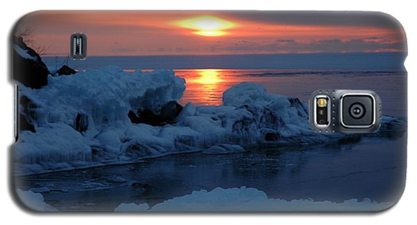 Galaxy S5 Case featuring the photograph Icy Lake Superior Sunrise by Sandra Updyke
