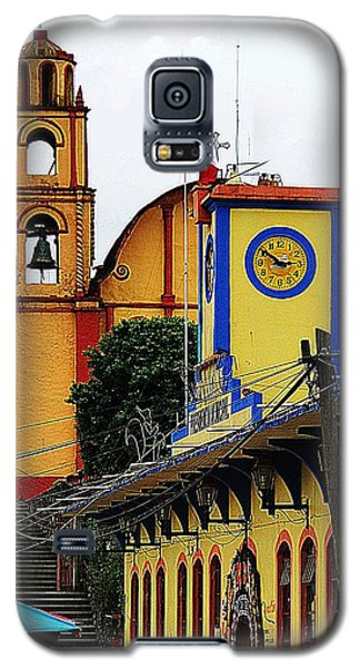 Galaxy S5 Case featuring the photograph In Amixtlan by Joy Nichols