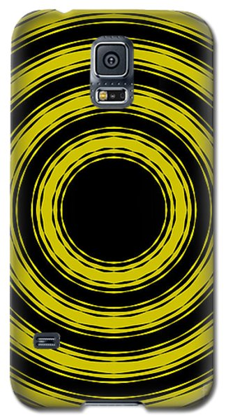 Galaxy S5 Case featuring the painting In Circles- Yellow Version by Roz Abellera Art