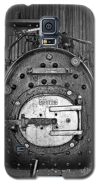 Galaxy S5 Case featuring the photograph In Control B by Sara  Raber