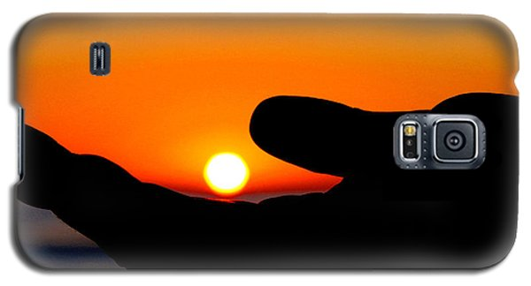 In His Hands By Diana Sainz Galaxy S5 Case