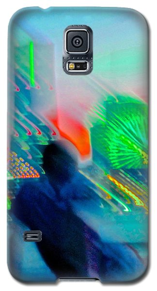 Galaxy S5 Case featuring the photograph In Love With Love - 7 by Larry Knipfing
