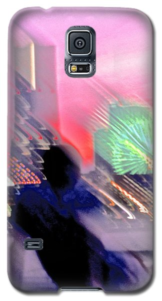 Galaxy S5 Case featuring the photograph In Love With Love - 8 by Larry Knipfing