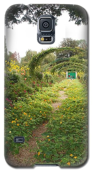 Galaxy S5 Case featuring the photograph In The Garden  by Kristine Bogdanovich